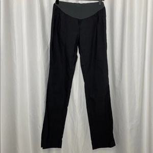 A PEA IN THE POD Maternity Pants